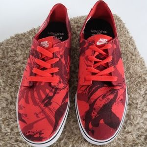NIKE Braata LR NF Red Camo Canvas Shoes